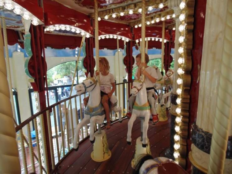 Le nouveau carrousel