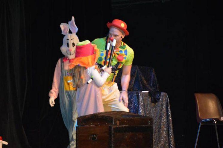 Organitou, spectacle de clown magicien