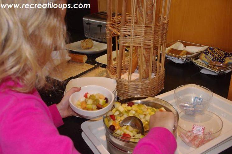 Petit-déj à l'Hôtel Escale Oceania