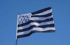 drapeau-breton-menez-meur