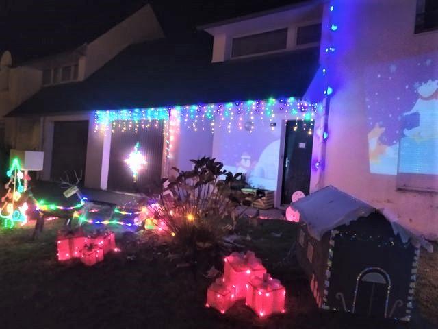 Maison illuminée à Plonéis