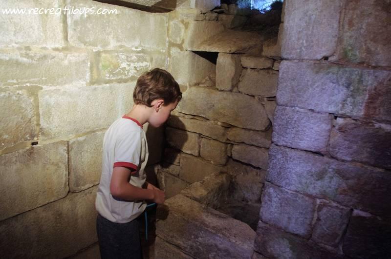 latrines-chateau-de-kerjean-finistere