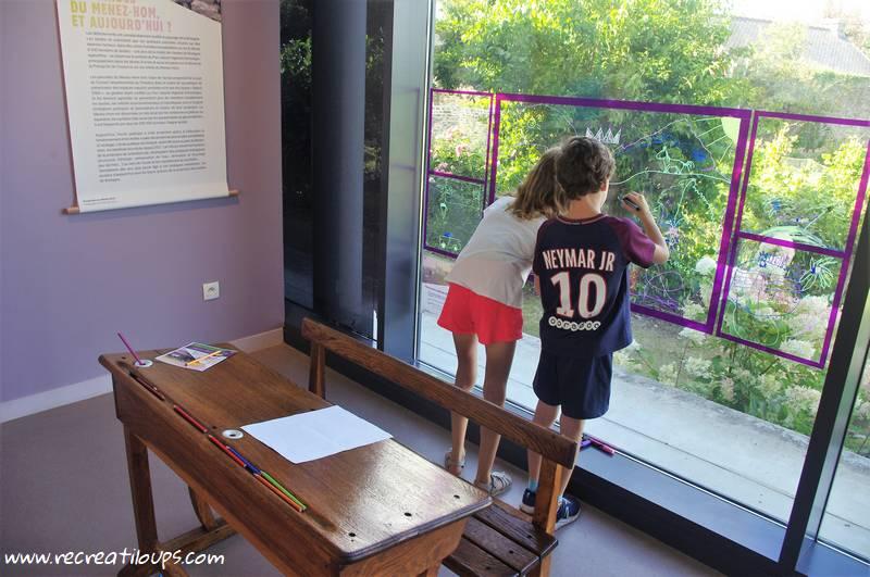 musee-ecole-dessin-sur-vitre